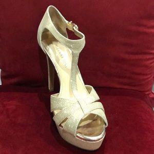 Gianni Bini Shoes - Gianni Bini Gold Heels - Size 8